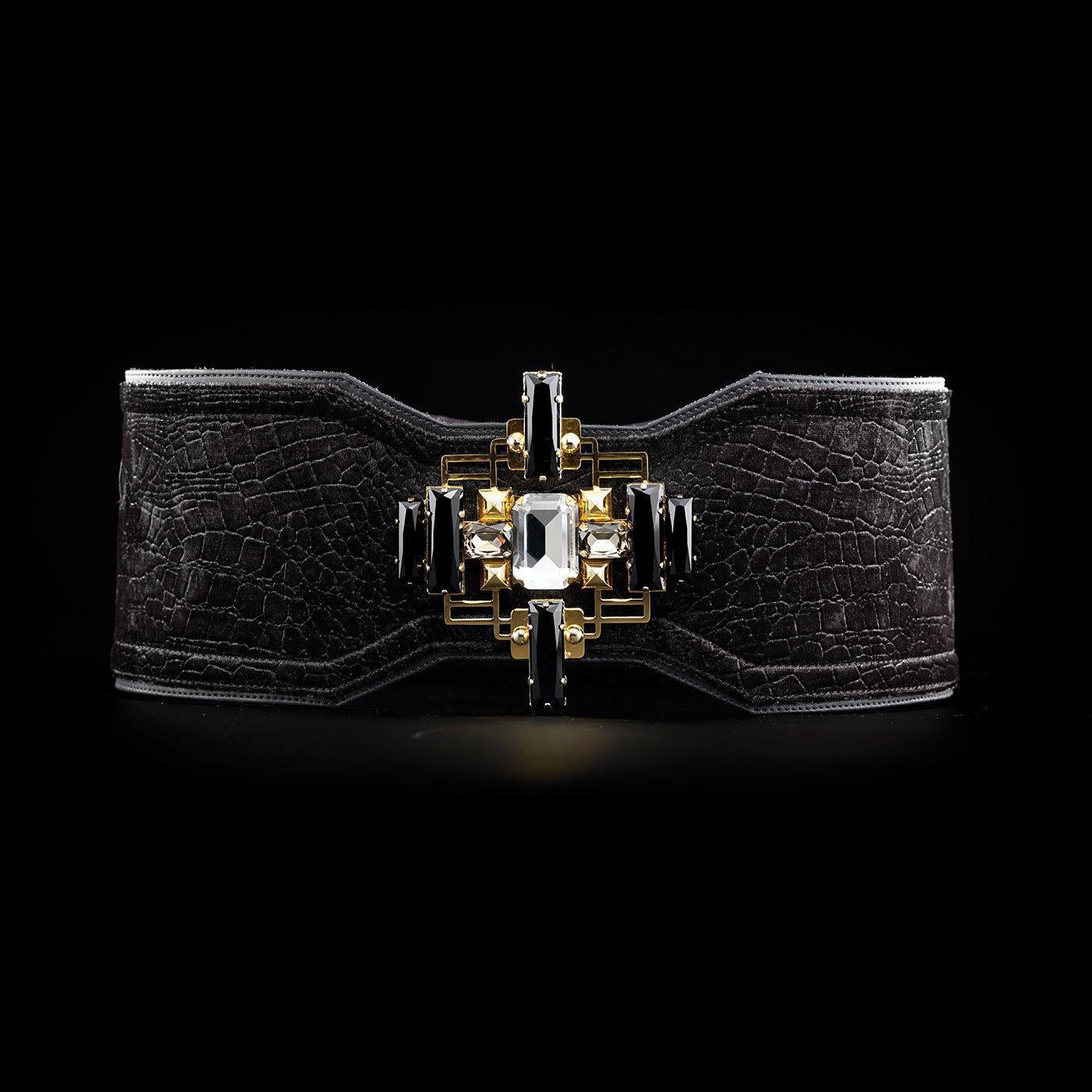 BVDB Waistbelt MATURITY limited velvet black gold front